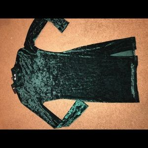 NWT F21 Sexy velvety forest green winter club dres